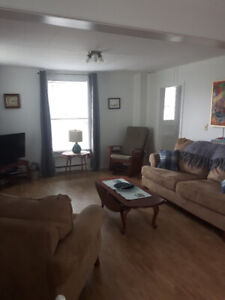 Short term rental - Fully furnished 3 bdrm house