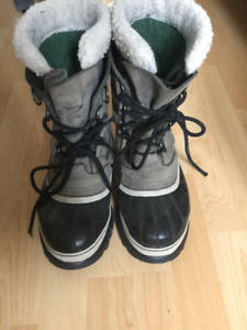 Used Sorel Winter Boots with Liners. Size 10 Women's.