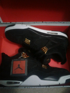 Jordan 4 royalty size 11