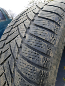 205/55/r16 DUNLOP WINTER SNOW TIRES