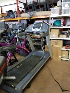 Precor 954i Commercial Treadmill-WITH NEW RUNNING BELT
