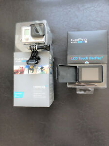 Go Pro Hero 3+ with its detachable LCD monitor – Silver Edition