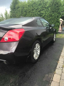 Nissan Altima Coupe 2.5S 2010