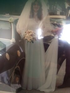 Wedding Gown 1980's Paloma Blanca with Veil