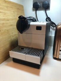 Nespresso Latissima ns520 with milk attachment