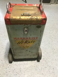 Marquette model 318 Hi-Rate Battery Charger *VINTAGE* London Ontario image 1