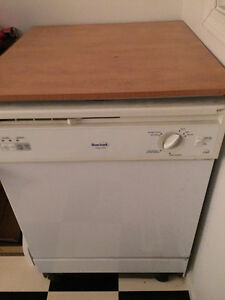 Dishwasher for sale!