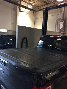 Hard tri fold 5.5 ft ford tonneau cover