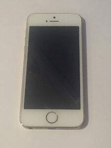 iPhone 5s in gold - locked with Rogers