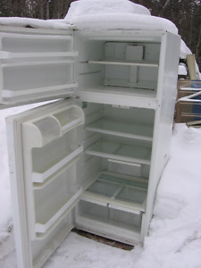 GE fridge 2 years old 15.5 cub foot Kawartha Lakes Peterborough Area image 5