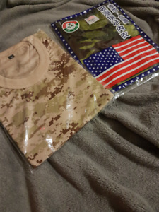Camouflage Tee Size M (Fits Small)