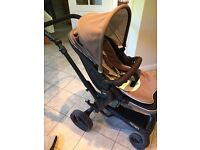 Janè Pushchair, carrycot, car seat and isofix base