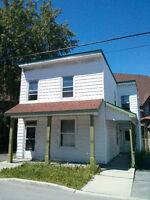 Fully renovated house downtown Hull