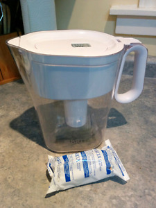 Brita Water Pitcher with New Filter