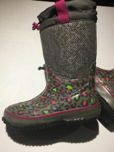 LIKE NEW! YOUTH CLOUDBURST COUGAR WINTER  Boot 1M