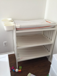 Ikea changing table $25