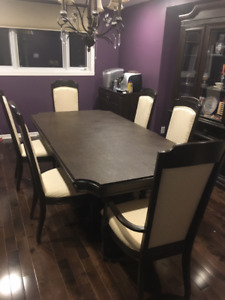 DINING ROOM SET - SOLID WOOD