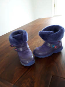 Size 13 girls winter boots- Cougar