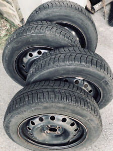 4 Michelin Winter Tires on steel rims, 175/65 R15, Honda Fit etc