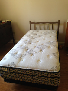 Single bed, almost new box spring and mattress