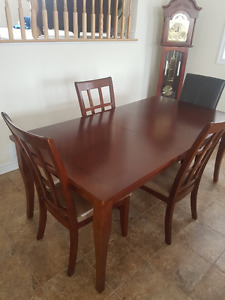 Dinning table set (Table  & 4 chairs)