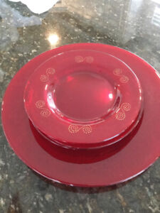 CHRISTMAS PLATES FOR SERVING OR DECOR