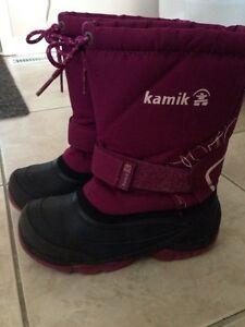 Girls winter boots size 1