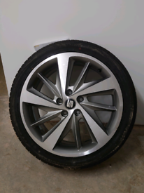 Alloy plus tyre for seat Leon
