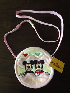 BRAND NEW WITH TAG - PINK PURSE MICKEY AND MINNIE DISNEYLAND