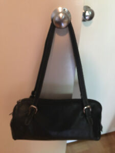 Roots Black Leather Shoulder Bag
