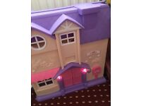 Doll house from toys r us