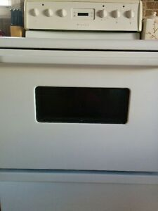 Frigidaire Stove Kitchener / Waterloo Kitchener Area image 1