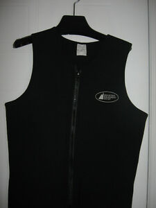 MEC Wet Suit XL great for canoing or kayaking. Gatineau Ottawa / Gatineau Area image 2