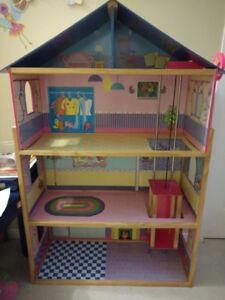 maison poupée Barbie doll house