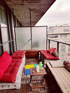 August sublet : king st w , all inclusive!!