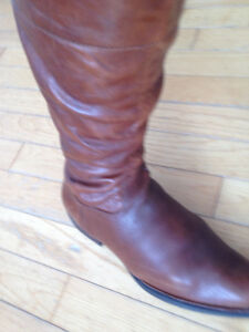 New Born tan leather boots size 8US/ 39EU med. wide