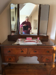 Free or best offer!  My mother-in-law's dressing table. Antique.