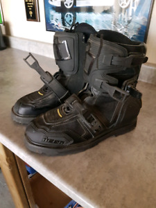 Mens size 11 Icon Riding Boots (Motorcycle) - $120 OBO
