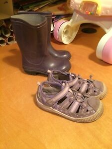 Water boot and stride rite sandals size 8 Gatineau Ottawa / Gatineau Area image 1