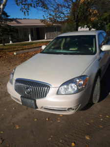 2011 Buick Lucerne - Mint Condition