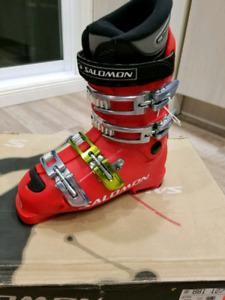 Bottes de ski Neuve Salomon  23cm et 24