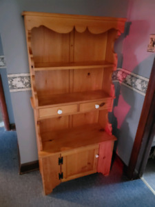 Wood cabinet - Downsizing -pickup in Caledonia