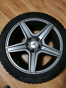 "17""  Pneus et rims  -- RIMS and Tires"