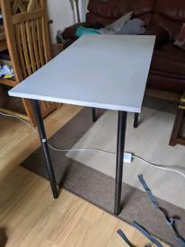 Small desk 90x50