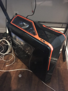 Custom Gaming PC - Great Build Runs Everything Well!