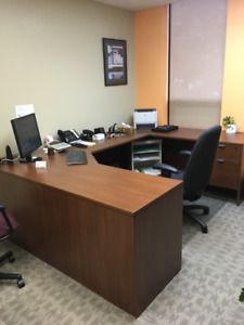 U-shaped Desk and Cabinet - Excellent Condition