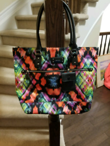 Nine west purse never used perfect condition