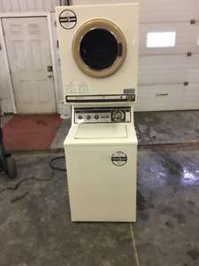 Apartment size stacking washer /dryer
