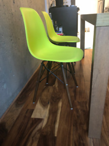 Eames Eiffel dining chair color lime (green) (x2)
