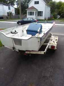 Selling a boat and trailer no motor